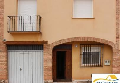 Casa pareada en calle de Azorín, nº 27