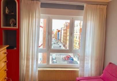 Apartamento en calle Cirujeda