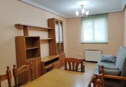 Apartment in calle del Obispo Acuña, 2