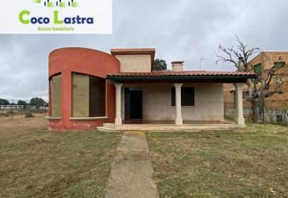 House in calle Castaño
