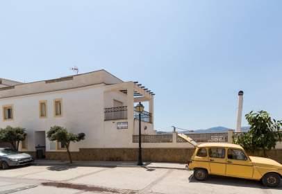 Casa adossada a Avenida Virgen del Martirio, nº 20