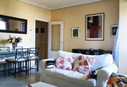Apartamento en Avenida Reina Sofia, nº 8