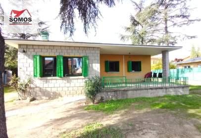 Casa en calle de la Peña Gatera