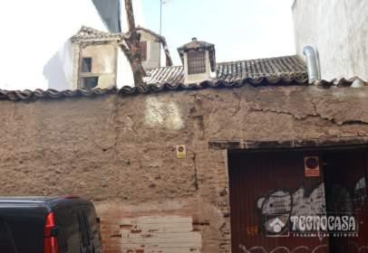 Casa adossada a calle Santiago