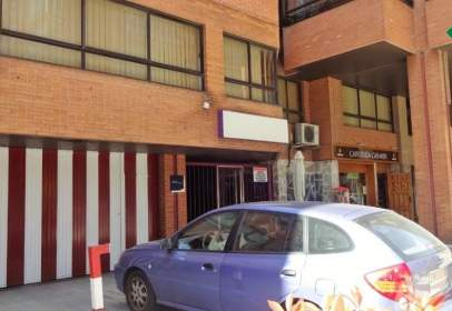 Local comercial a calle Estadio
