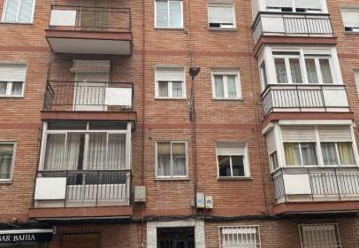 Piso en calle de Calderón de la Barca