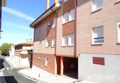 Duplex in calle de Vista Alegre, near Calle de Pato