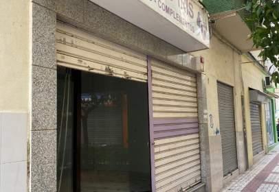 Local comercial a Pasaje Concejal Peña Abizanda
