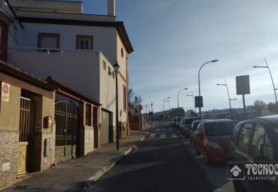 Casa adosada en Ronda del Valle