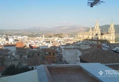 Casa unifamiliar en Centro-Ciudad Sanitaria-La Magdalena-Santa Isabel