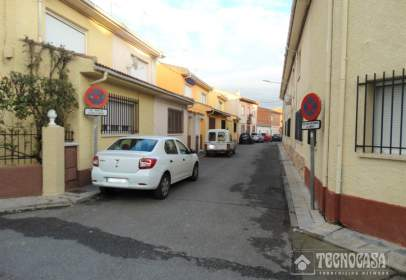 Terraced house in calle Oeste