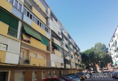 Flat in calle de Alfonso X 'El Sabio'