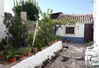 Casa adossada a La Zubia