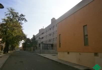 Piso en calle Maestro J. Tellería
