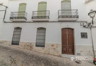 Paired house in calle Muralla
