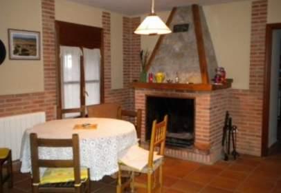 Casa en Villamañán