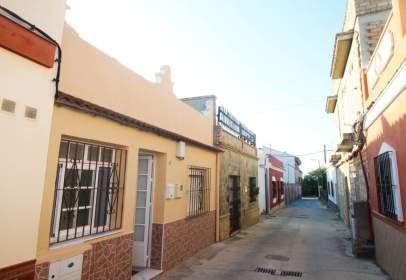 Casa a Núcleo Urbano