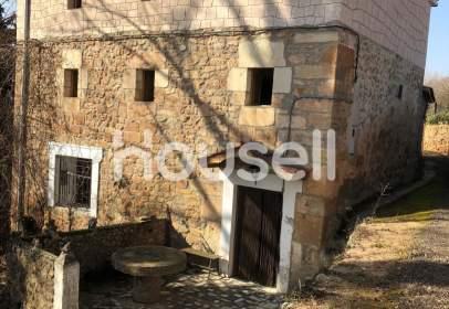 Rustic house in Poza de La Sal
