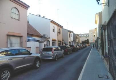 Casa adosada en Núcleo Urbano