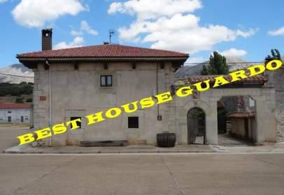 Casa en Castrejón de La Peña