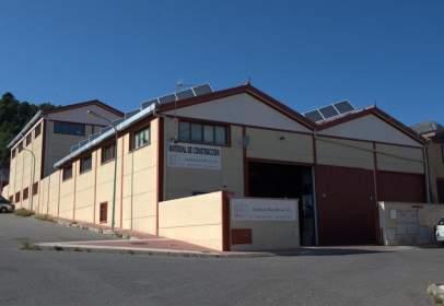 Nave industrial en Becerril de La Sierra