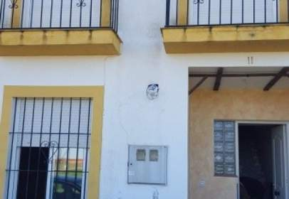 Casa adosada en calle Arturo Perez Reverte