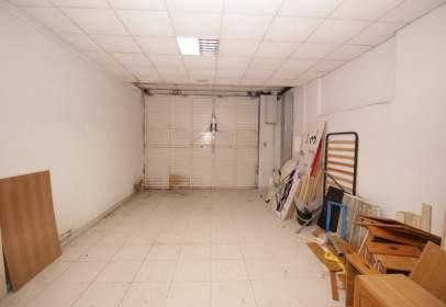 Warehouse in calle Gavarra