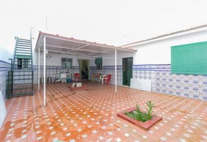 Casa en calle Alonso Mingo, cerca de Calle Pamplona