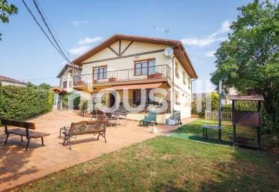 Casa en Izarra
