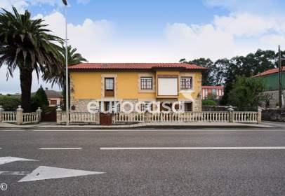 Casa en calle Menicenses