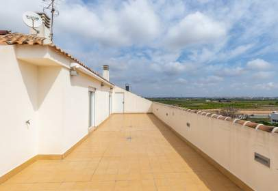 Penthouse in calle Corts Valencianes, nº 66