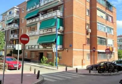 Piso en calle de San Cesáreo