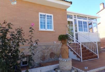 Chalet in Uceda