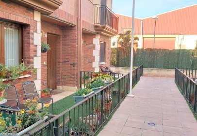 Casa adosada en calle del Orfeón, 8