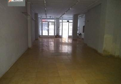 Commercial space in Feria