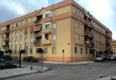 Almacén en calle Escopeteros, Ed.Avenida 1