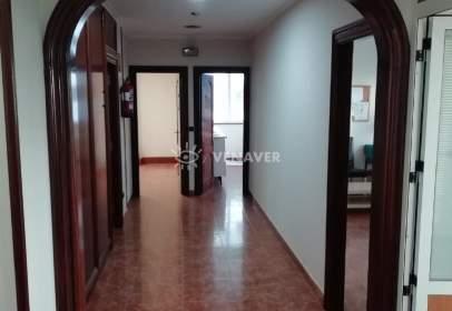 Commercial space in Esteiro
