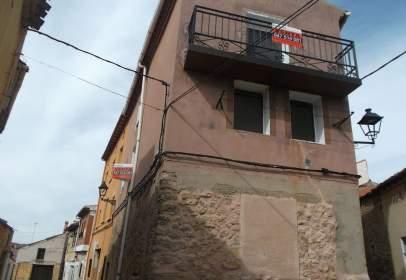 Casa aparellada a calle de los Ramitos, 8