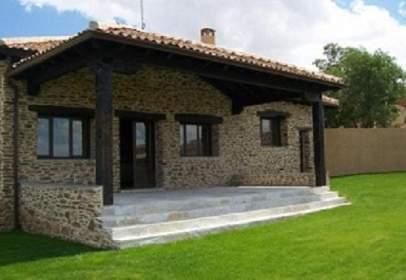 Casa unifamiliar en Domingo Garcia ( Sta M.Nieva)
