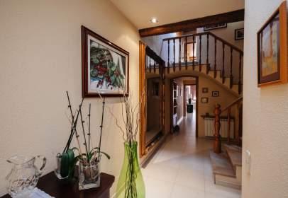 Casa a calle Calàbria, 124
