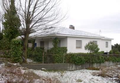 Casa unifamiliar en calle Huete, 55