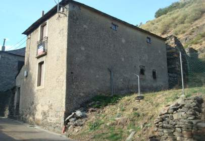 House in Posada de Omaña
