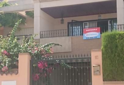 Casa pareada en calle Pintor Luis Giner