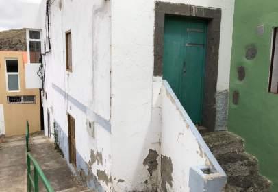Casa adosada en Pasaje Faycan, nº 6