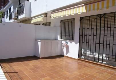 Casa adosada en Avenida Avenida del Terrón. La Antilla.