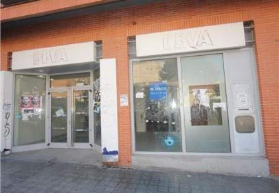 Local comercial a Avenida Pi y Margall