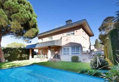 Casa en Fuencarral - Mirasierra