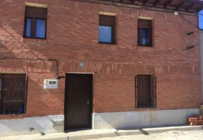 Casa en calle Arrabales, nº 43