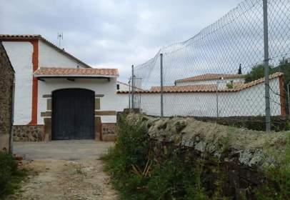 Casa en Resto Provincia de Cáceres - Herguijuela