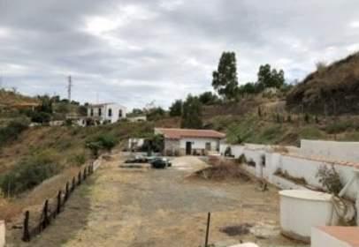 Terreno en calle La Viñuela